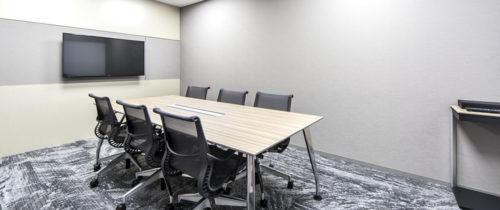 「クロスオフィス新宿」の設備やサービス、料金プラン