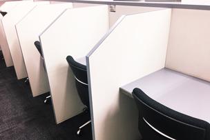 「勉強カフェ 秋葉原スタジオ」の設備やサービス、料金プラン