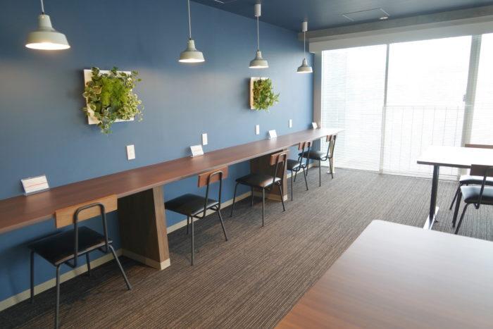 BIZcomfort大森山王のカフェスペース