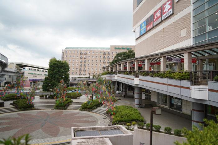 ユーカリが丘駅前の商業施設写真