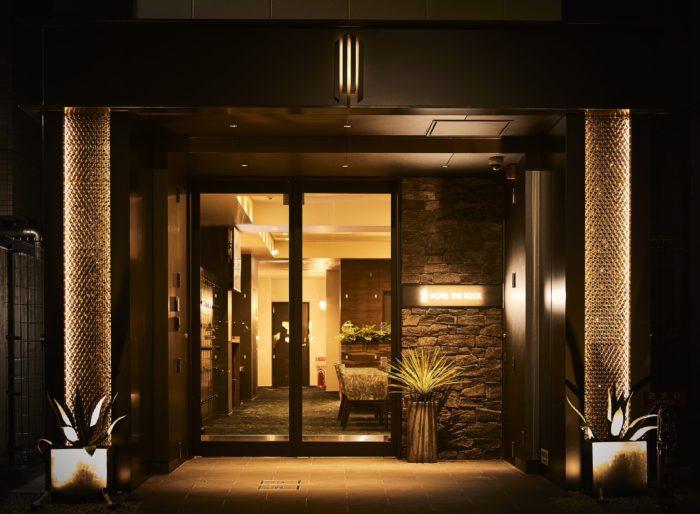 「HOTEL THE ROCK」の立地
