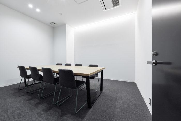 「クリエイティブ コワーキングスペース TOGITOGI」の設備やサービス、料金プラン